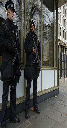 سفارة أمريكية تستجوب رضيعا &#34إرهابيا&#34