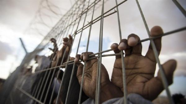 فرار سجناء بينهم قيادات في القاعدة من &#34مركزي&#34 عتق