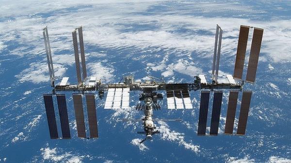 هل تتحول بعض وحدات المحطة الفضائية الدولية إلى فندق سياحي ؟