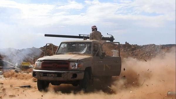 مقتل أكثر من 20 حوثياً وسقوط عشرات الجرحى بجبهة المصلوب بالجوف