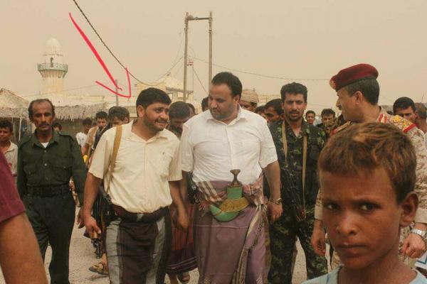مقتل قيادي بارز وأحد أهم أذرع عبدالملك الحوثي بغارة جوية في الساحل الغربي