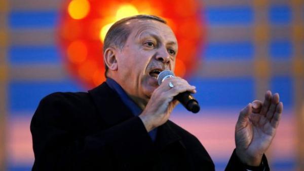 ترامب يهنئ أردوغان بالفوز في الاستفتاء الدستوري