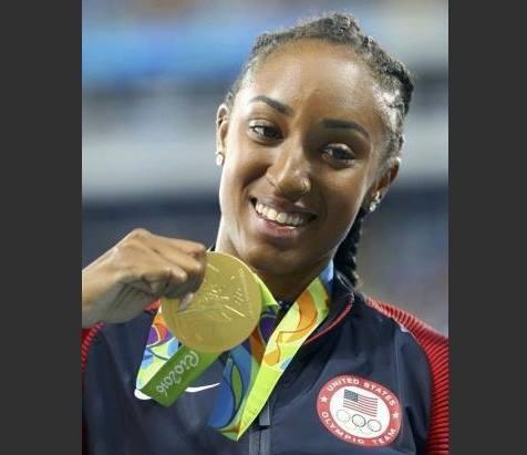 إيقاف بطلة سباق 100 متر حواجز في الأولمبياد لعام واحد