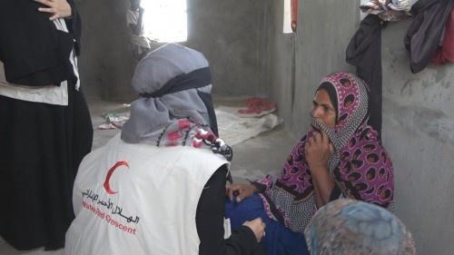 مليشيات الحوثي تمنع دخول الإغاثة لأبناء مدينة الدريهمي التي تتخذهم دروعاً بشرية