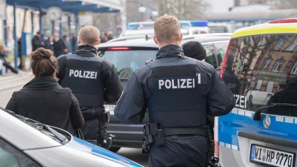 صحيفة: 100 إرهابي محتمل يقيمون في ألمانيا