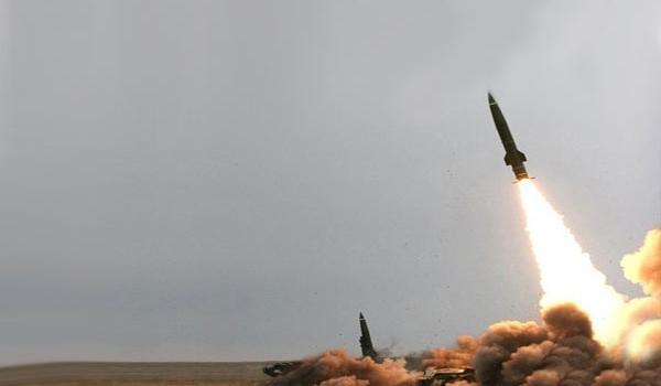 صاروخ باليستي يدك مقر الوائلي بالجوف