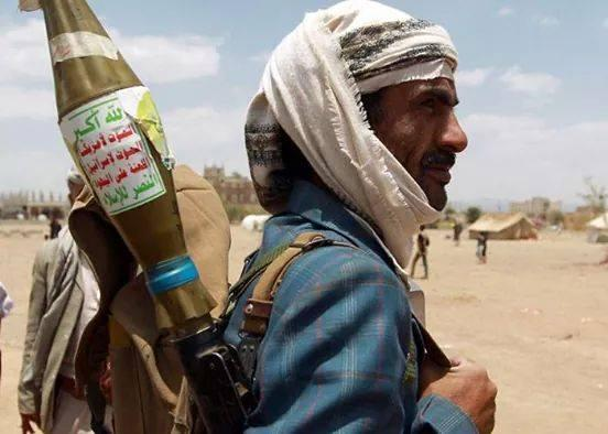 خيانات الاخوان تمكن مليشيا الحوثي من التقدم في بعض الجبهات