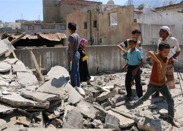 مرتزقة العدوان يقصفون منازل المواطنين بصرواح مأرب