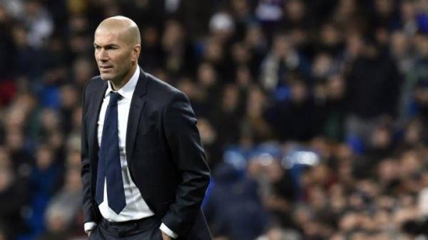 ريال مدريد يدفع 40 مليون يورو مقابل لاعب لا يعرفه زيدان!!
