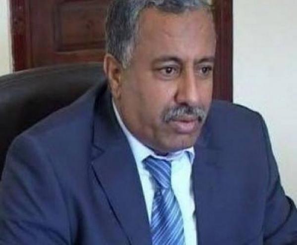 الزوكا يُعزي بوفاة الشيخ عبده محمد الواقدي