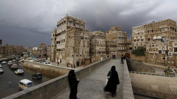 &#34الأزمات الدولية&#34: النتائج العكسية لعزل صنعاء عن العالم