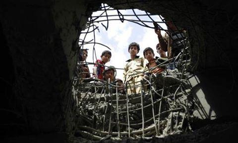لماذا تقيم واشنطن علاقة قوية مع عميل متهور يرتكب جرائم حرب في اليمن بشكل روتيني؟