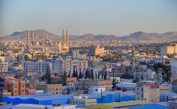 الحوثيون يحولون منابر الجوامع إلى منصات لبث سمومهم وأفكارهم المتطرفة