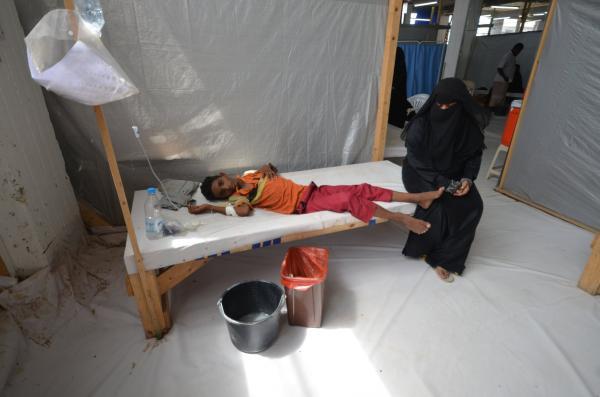 البيضاء: اشتباه بـ 1004 حالات إصابة بالكوليرا و97 مؤكدة.. ومكتب الصحة &#34يستغيث&#34