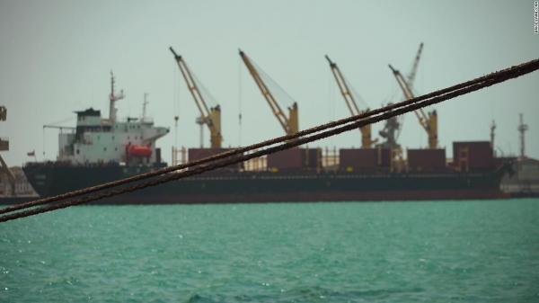 دخول 47 ألف طن من المشتقات النفطية إلى ميناء الحديدة