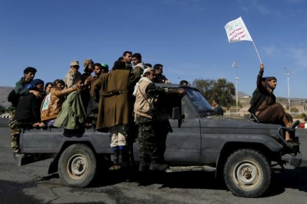بعد فشل كل مساعيهم للتحشيد.. الحوثيون يلزمون منتسبي الجيش والأمن المشاركة في صفهم بجبهة الساحل