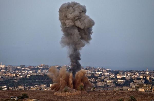 طائرات إسرائيلية تقصف موقعين في غزة بعد إطلاق صواريخ على إسرائيل