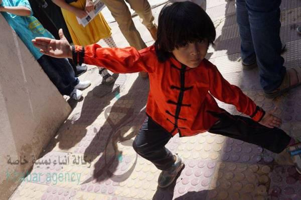 """بالصور  الطفل اليمني """"كريم"""" بطل الكونغ فو .. مشروع نجم عالمي لو حالفته الرعاية"""