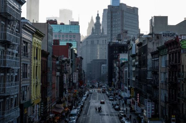 الصين تحض رعاياها على توخي الحذر في الولايات المتحدة