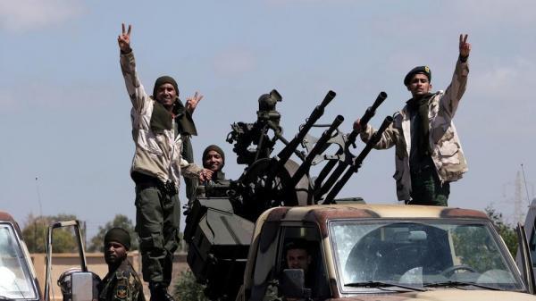 ليبيا.. الجيش يبدأ هجوما بمحور طريق المطار بطرابلس