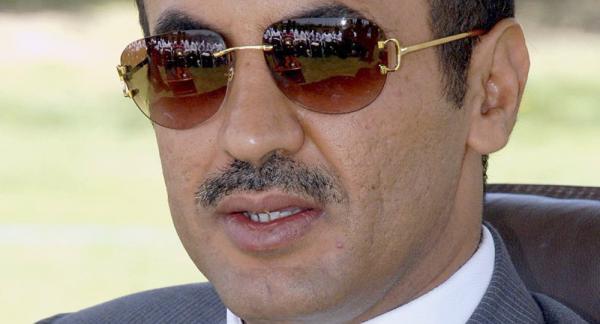 السفير أحمد علي يعزي بوفاة صوفان