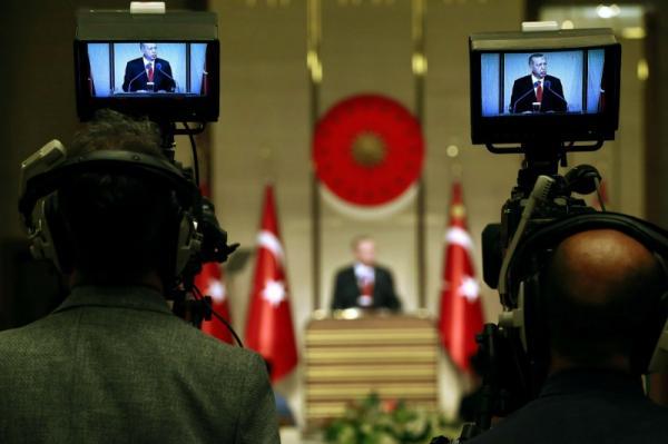 نهاية صادمة لاستراتيجية أردوغان في اللعب على التناقض بين واشنطن وموسكو