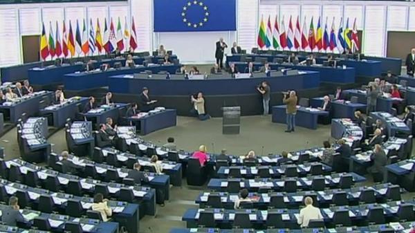البرلمان الأوروبي: حل الأزمة اليمنية لن يكون إلا عبر التفاوض (بيان)