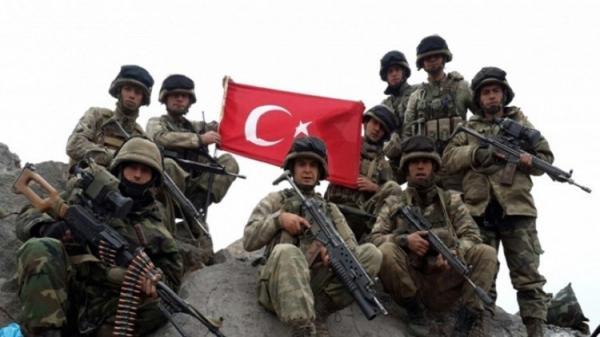 إصابة أكثر من 500 جندي تركي بالتسمم