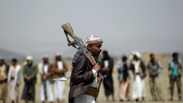 مليشيا الحوثي تقتل شاباً بصنعاء لرفض والده إرساله إلى الجبهات