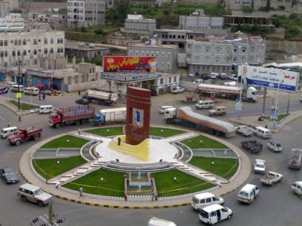 المجلس السياسي يؤكد على ضرورة الوقوف أمام محاولات البسط على أراضي الدولة في إب