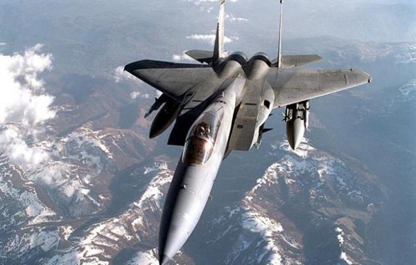 مقاتلة للناتو تقترب من طائرة وزير الدفاع الروسي