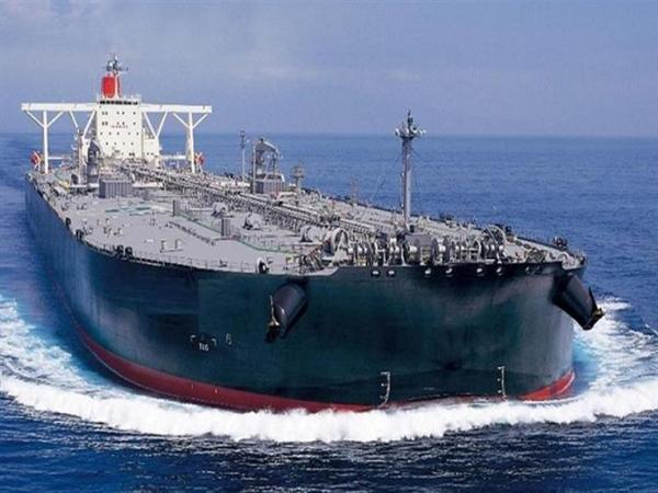الحكومة اليمنية تقرر وقف استيراد المشتقات النفطية من موانئ عربية