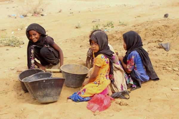 لغم حوثي يزهق حياة طفلين شقيقين في الحديدة