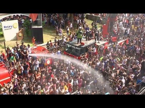 شاهد: مهرجان رش المياه في الفلبين