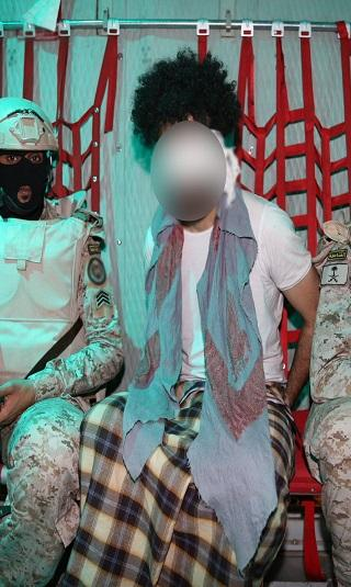 القوات الخاصة السعودية واليمنية تلقي القبض على زعيم تنظيم داعش في اليمن (صور)