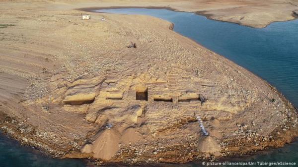 الجفاف في العراق يكشف عن آثار لحضارة قديمة غامضة