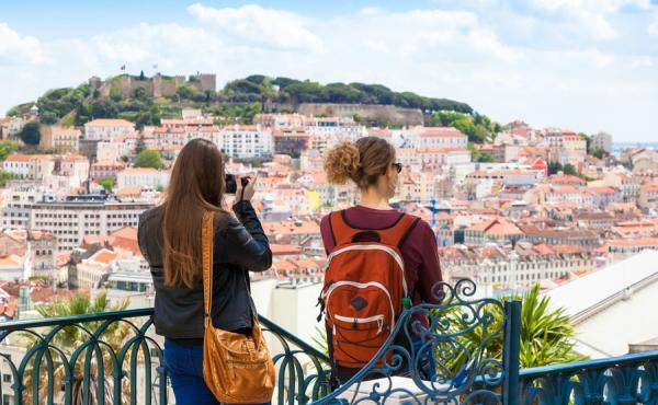 البرتغال البلد الاوروبي الذي يريد المزيد من المهاجرين