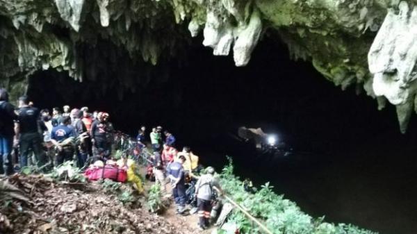 عملية إنقاذ الصبيان المحتجزين في كهف مغمور بالمياه بتايلاند &#34تستغرق شهورا&#34