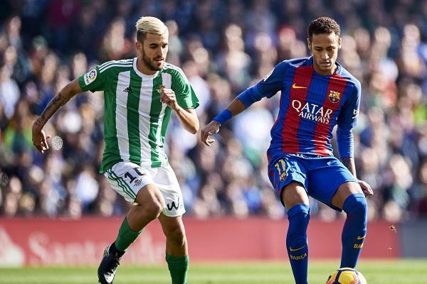 صحيفة: ريال مدريد يتفوق على برشلونة ويضم سيبايوس