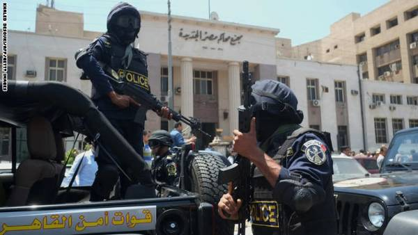 مصر.. مقتل محامي برصاص شرطي داخل &#34محكمة مدينة نصر&#34