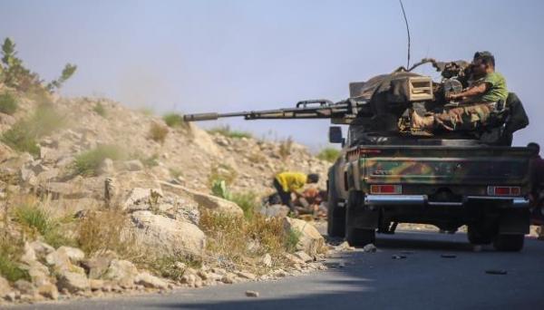 تعز: قصف مدفعي وصاروخي على مواقع في حيفان والصلو