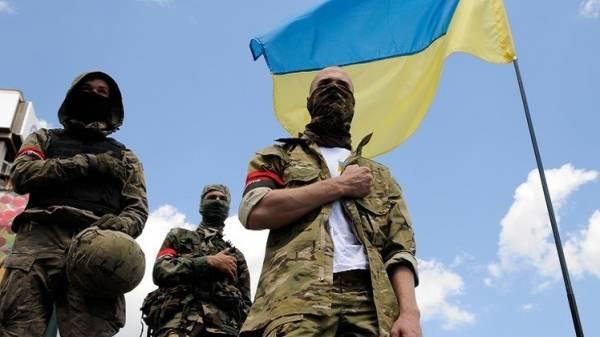 المعارضة الأوكرانية تدعو إلى حل البرلمان