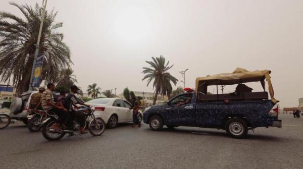 مليشيا الحوثي تختطف عشرات النازحين في الحديدة