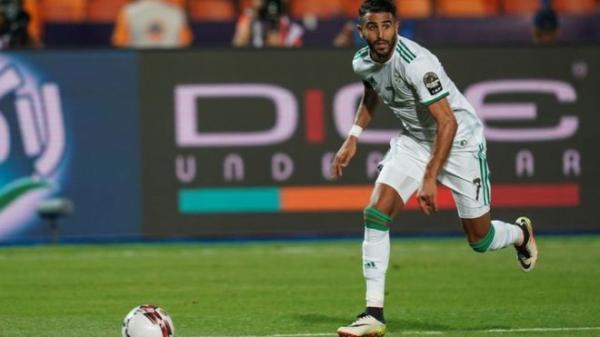رياض محرز: هل يقود نجم مانشستر سيتي منتخب الجزائر للفوز بكأس الأمم الأفريقية؟