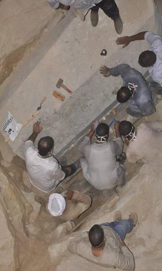 ما الذي عثرت عليه وزارة الآثار المصرية داخل تابوت &#34نهاية العالم&#34؟