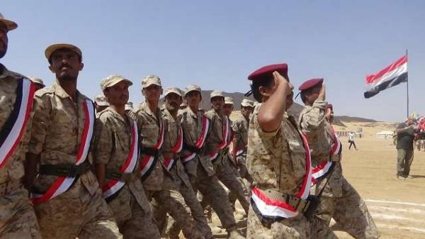 الدفاع اليمنية تعلن صرف راتب شهرين لقوات الجيش