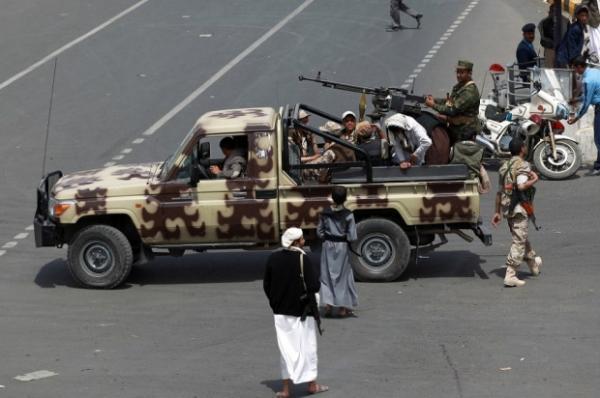 اتساع دائرة الخلافات بين قيادات حوثية من صعدة وأخرى من صنعاء بعد عزل واعتقال الأخيرين