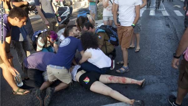 طعن 4 مشاركين في مسيرة للمثليين بالقدس من قبل يهودي متشدد