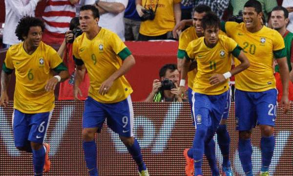 البرازيل تخوض مونديال 2014 دون كاكا ورونالدينيو وروبينيو