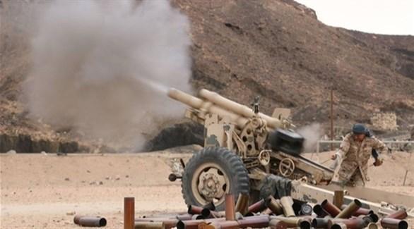 مقاومة البيضاء تدك مواقع وتجمعات مليشيا الحوثي في جبل ظهر البياض بمديرية الملاجم
